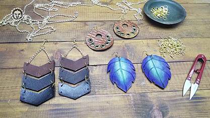 Make Your Leather Earrings – DIY – Free PDF Pattern.